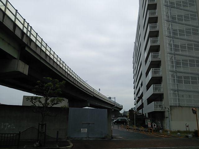 なぎさ府営住宅の阪神高速湾岸線の騒音公害!